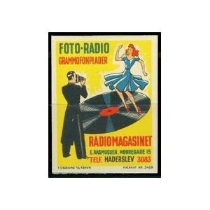 http://www.poster-stamps.de/1128-1214-thickbox/rasmussen-foto-radio-grammofonplader-radiomagasinet.jpg